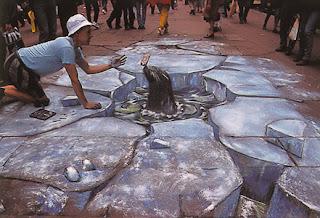 Desenho leão marinho - Desenhos tridimensionais na calçada - Giz - Julian Beever