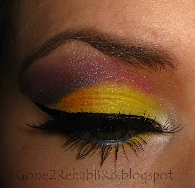 Yellow and purple dramtic make-up look