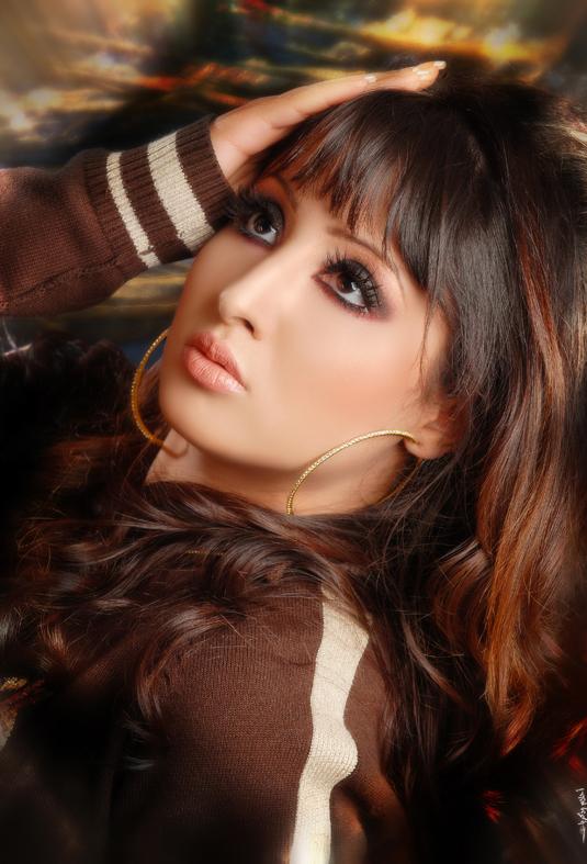 صور الممثلة الجميلة القطرية نجوى الكبيسي