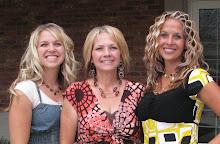 Tara, Mom and Nikki