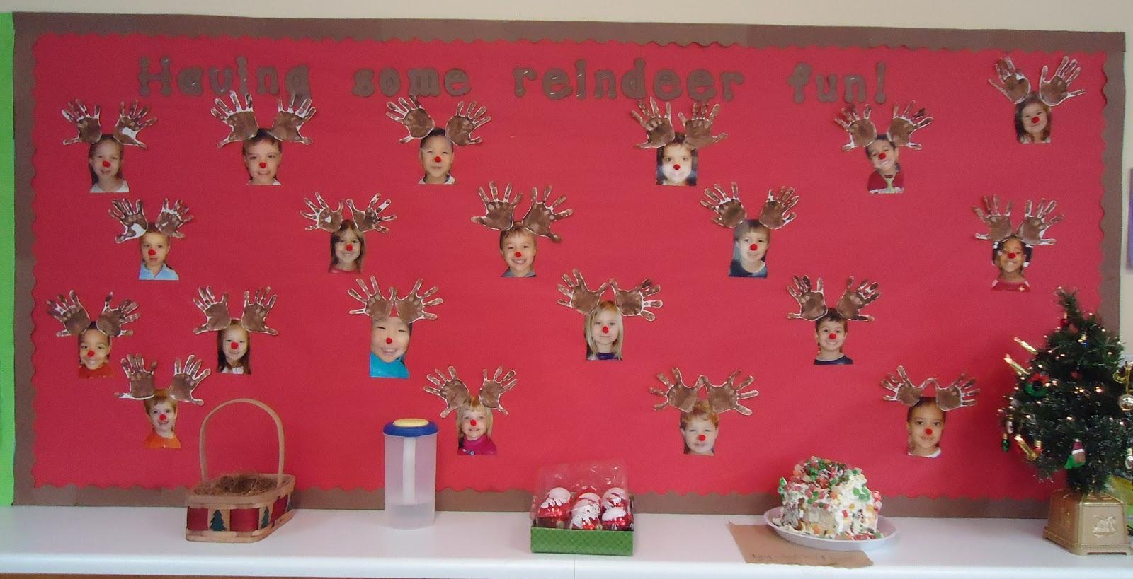 reindeer bulletin board ideas.