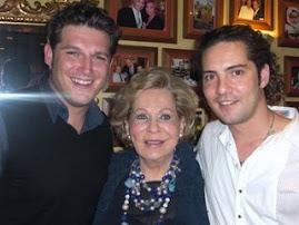 En La Fotografia : Manu Tenorio,La Abuela de Elena y David Bisbal