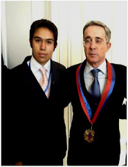 Con el Pdte Alvaro Uribe Velez !