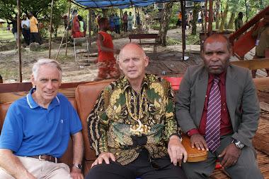 Inilah wajah Penginjil Mission Aris dari USA , . Paul Kline)  & amp; Orin Kidd  serta Abock Busup