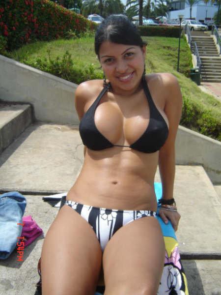 Bikini Chicas