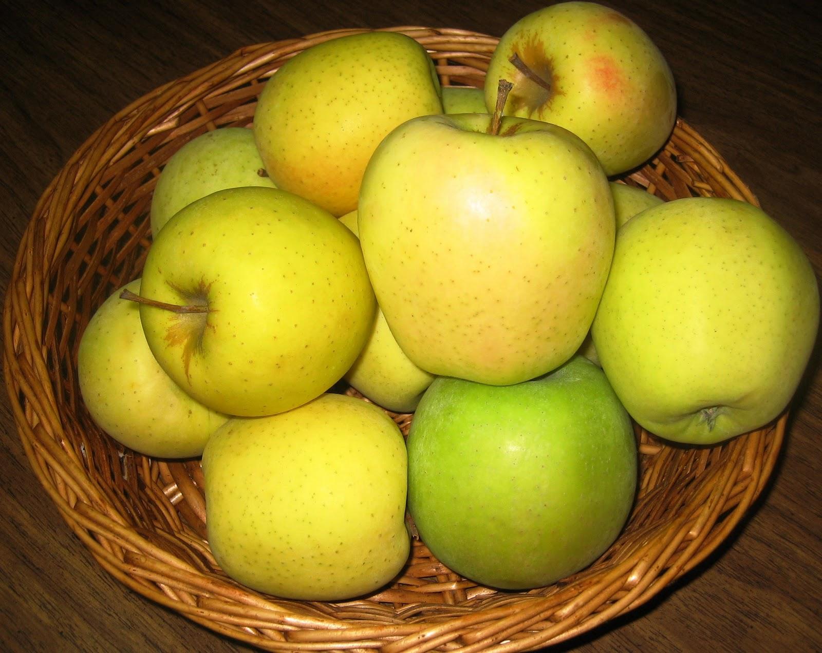 la casa e il giardino baked apples simple dessert without guilt mele al forno semplice. Black Bedroom Furniture Sets. Home Design Ideas