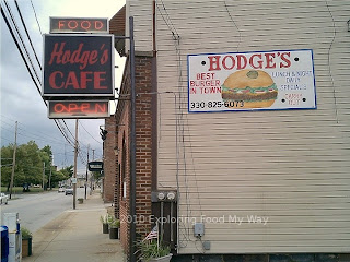 Exterior Sign for Hodge's Cafe