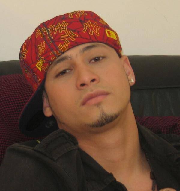 Latino hombres lindos - Imagui