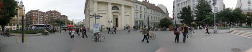 Babymarkt, Babyexpo, illegális, illegális, plakátok, Budapest, Magyarország, Deák Ferenc tér