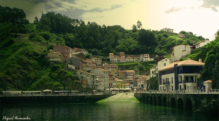 Lugares para cudillero t pico pueblo - Marisquerias en asturias ...