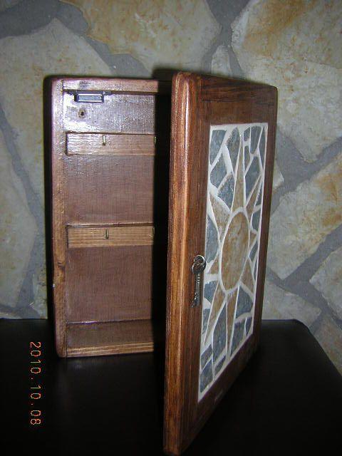 Madera estilo rustico caja para llaves rustica - Llaves de luz rusticas ...