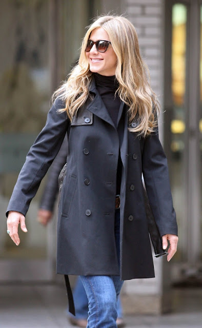 A Jennifer Aniston le saldrán ancas