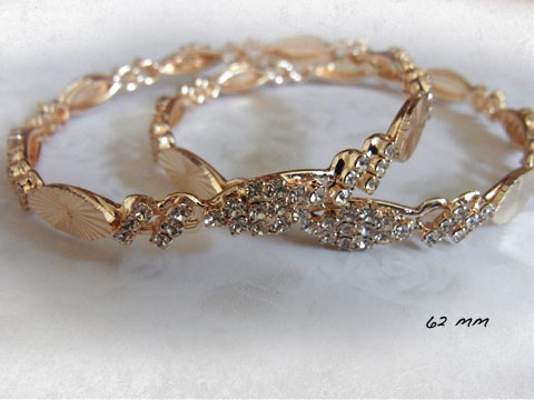 gold crystal bangle 1