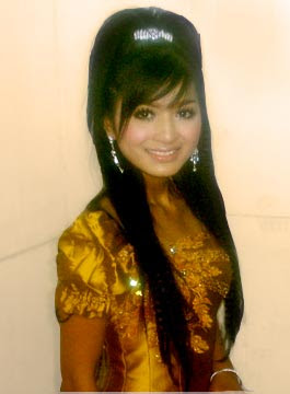 daign monika khmer actress