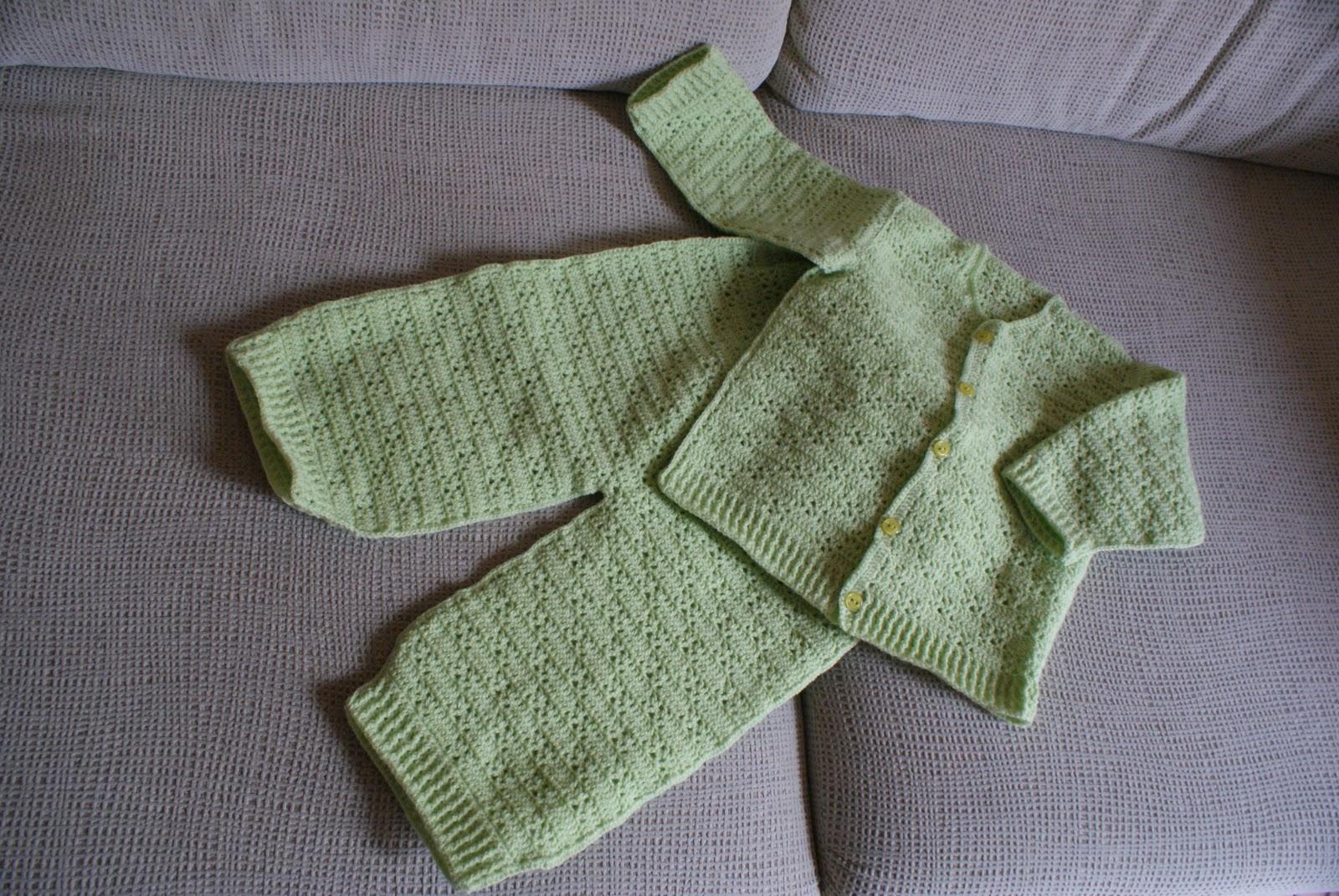 Lujoso Crochet Patrón De Los Pantalones Del Bebé Modelo - Manta de ...