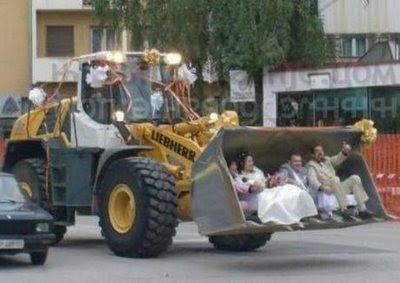 смешная свадебная фотография