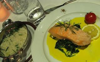 Salmon, yellow sauce and rice