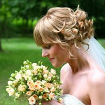 Bridal Hairstyle with Natural Flowers | Wedding Flowers Bridal Hair Styles