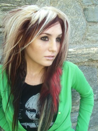 female emo hairstyles. choppy long haircuts for girls