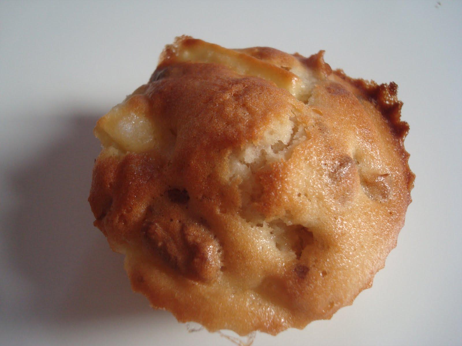 elo la bouche muffins aux pommes et noix. Black Bedroom Furniture Sets. Home Design Ideas