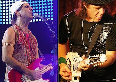 f8c0e1318e Os guitarristas Armandinho e Durval Lelys