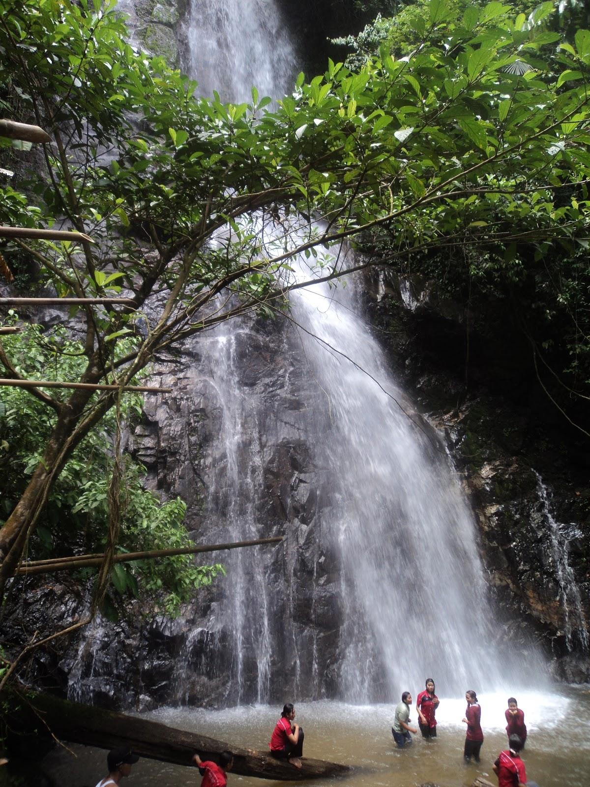 Download this Air Terjun Pelukahan... picture