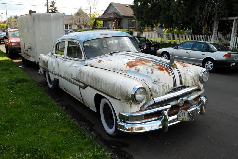 old parked cars 1953 pontiac chieftain 4 door sedan w