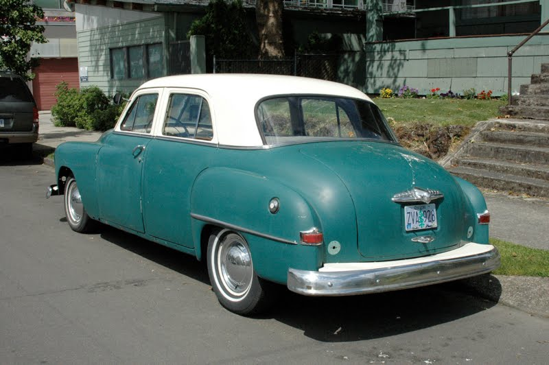 Old parked cars 1951 plymouth cranbrook sedan 4 door for 1951 plymouth 2 door