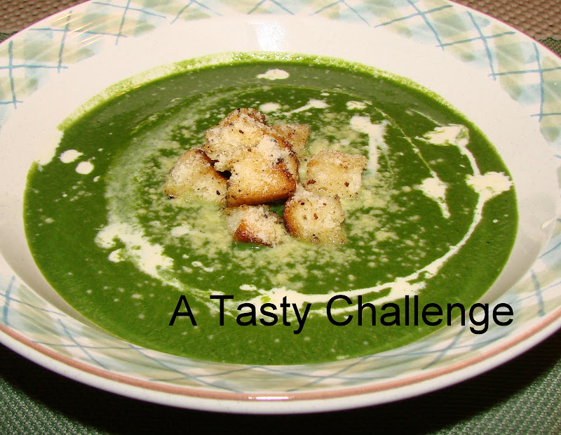 Spinach Soup with Croutons