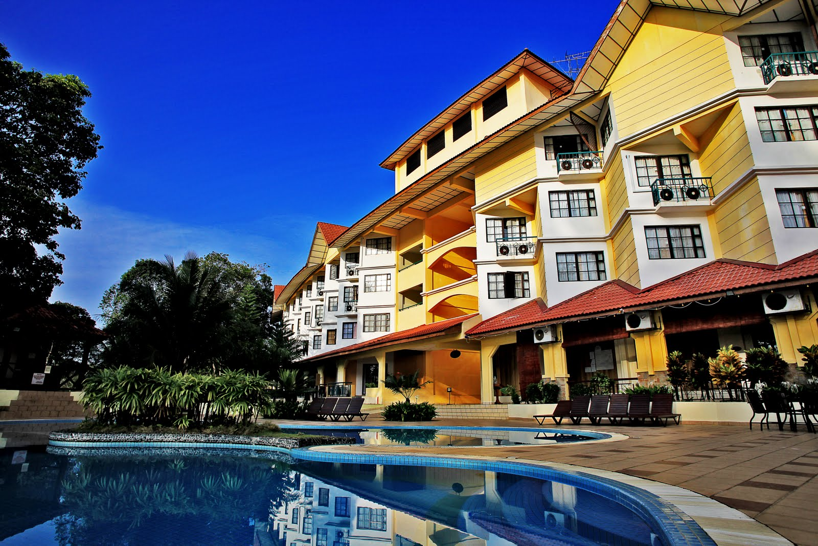 Suria Beach Resort