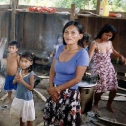 El 30 % de los riojanos son Pobres