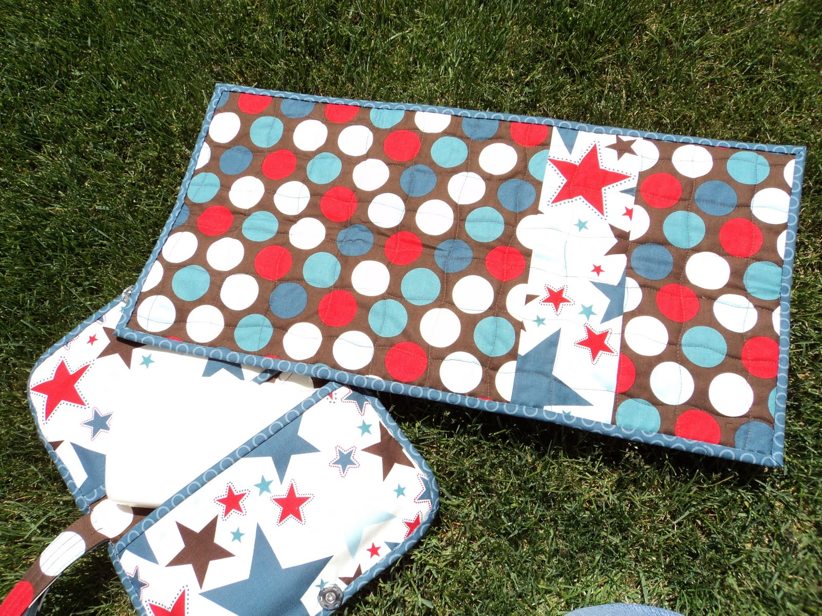 Clutch Pad Material : Material mary diaper clutch anyone