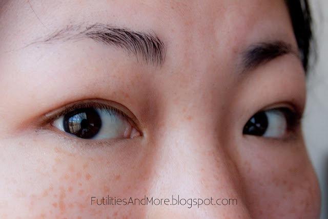 How to put Eyelid Tape, Eyelid tape, Wonder Eyelid Tape, Technical Eye Tape, Monolid,a Asian Eyes, Futilities And More,  futilitiesandmore, futilitiesandmore.blogspot.com