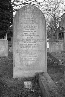 gravestone Vincent Brooks