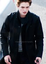 Edward (L)