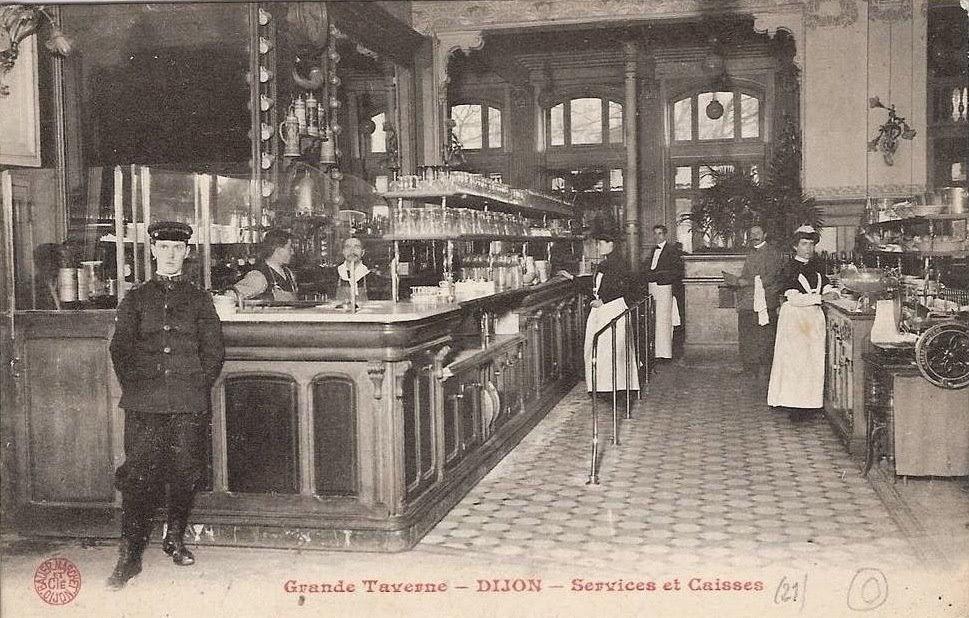 Dijon en 1900 a l 39 int rieur de l 39 h tel terminus et de la for Interieur 1900