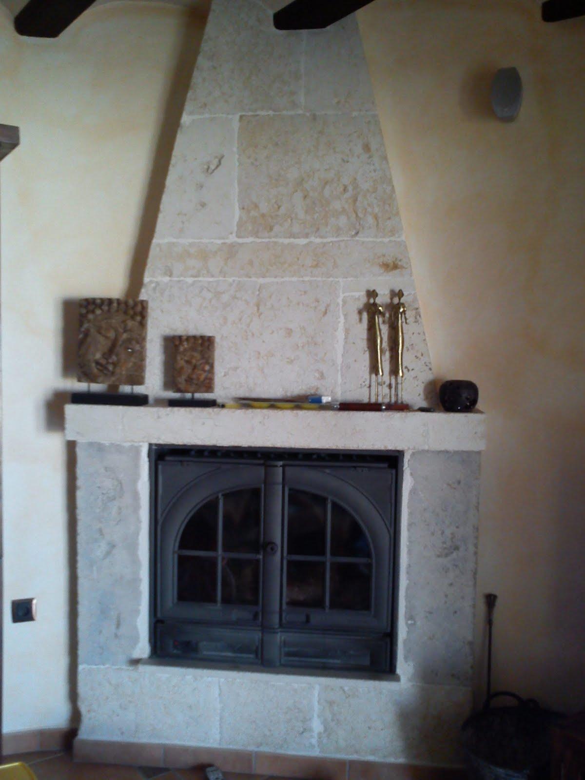 Reformas en general chimenea de piedra de silleria for Piedra de silleria