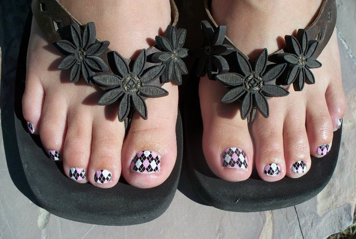 Glitter Toes by Steph: Shellac Nails, SheeKee Toes and Glitter Toes in