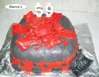 Articole culinare : Tort cadou