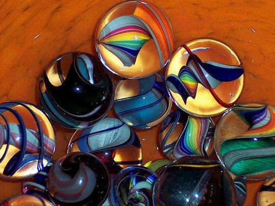 esferas de cristal con figuras