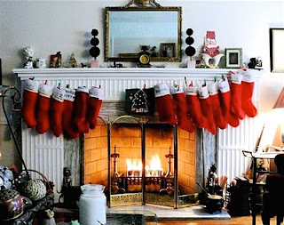 Download Xmas Fireplace Wallpaper