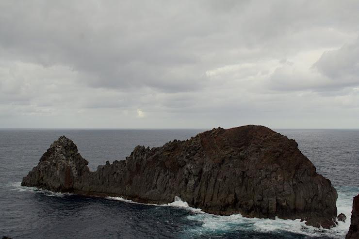 Ilheu Da Baleia - Ponta da Barca
