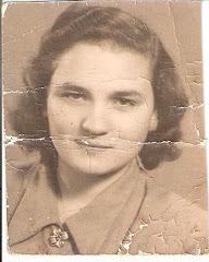 Édesanyám Kun Margit és feljövőink emlékére