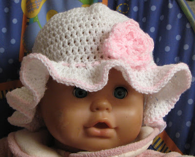 Free Crochet Pattern For Baby Floppy Hats : Frilled Brim Hat Free Crochet Pattern from the Baby hats ...