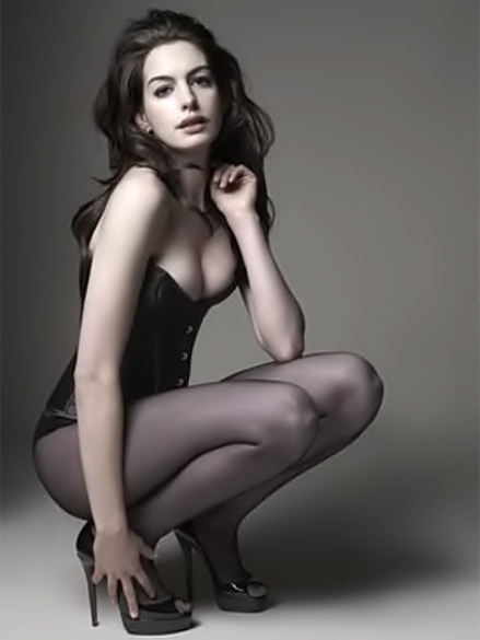 anne-hathaway-cat-woman Anne Hathaway Is Your New Catwoman - Blog and