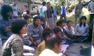 Agus Prawito dan teman-teman