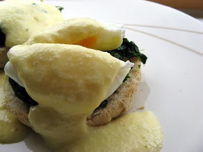 Lemony Eggs Florentine Recipe — Dishmaps