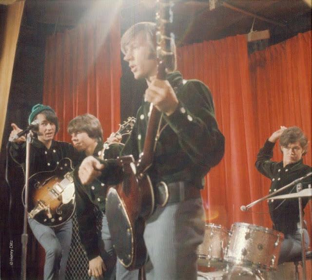 the Monkees ~ 1967 ~ Pisces, Aquarius, Capricorn & Jones Ltd inside