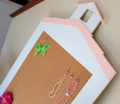 schoolhouse corkboard
