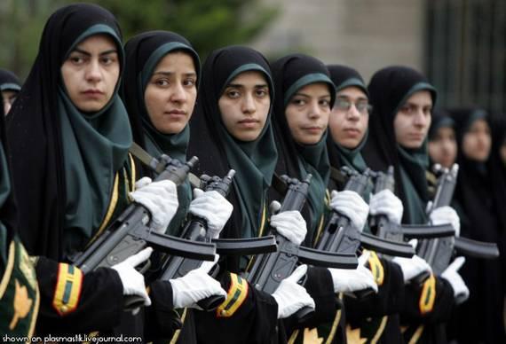 Những nữ cảnh sát dũng cảm xinh đẹp của các nước World%27s+Most+Bravest+Uniformed+Ladies+20